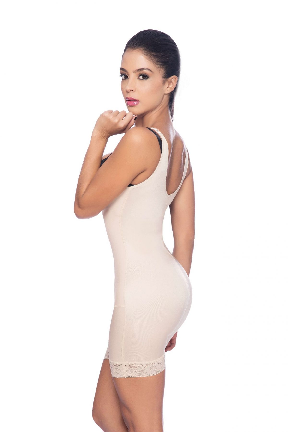 5cb102c85 Braless full body short body shaper with suspender straps - Contour ...